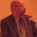 Columnist Leonard Pitts Jr. in 2011. Photo by Anna Hanks  via Wikimedia Commons