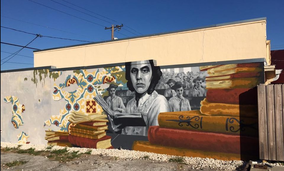 Wmnf visit the murals in tampa wmnf for Club joven mural