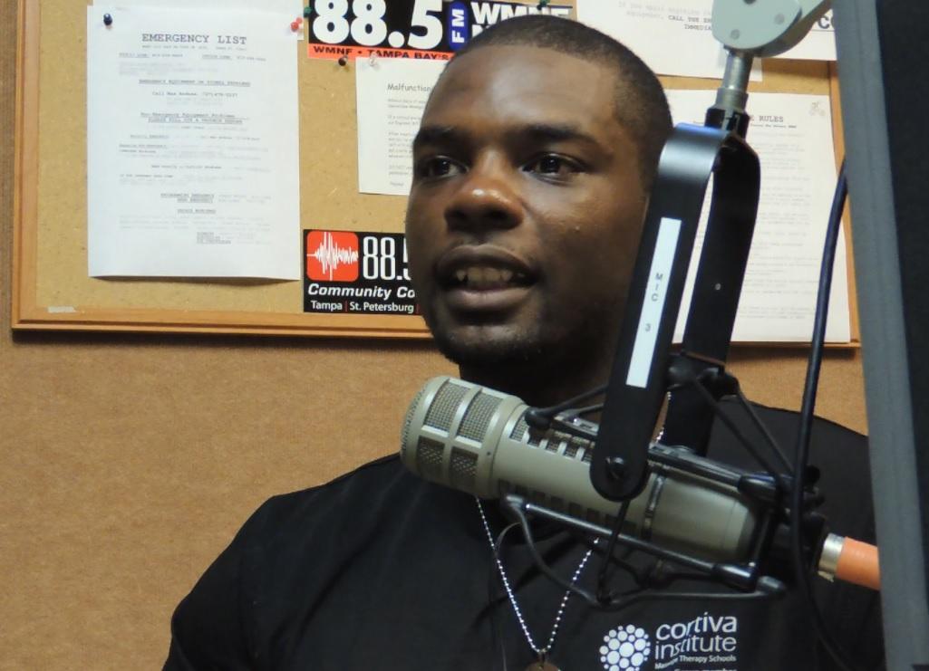 El'Quincy Gordon - bank called police on him