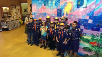 Large_cub_scouts_bill_tour