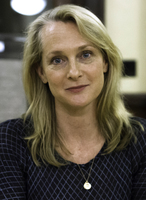 Medium_piper_kerman_university_of_missouri_book_signing__cropped_