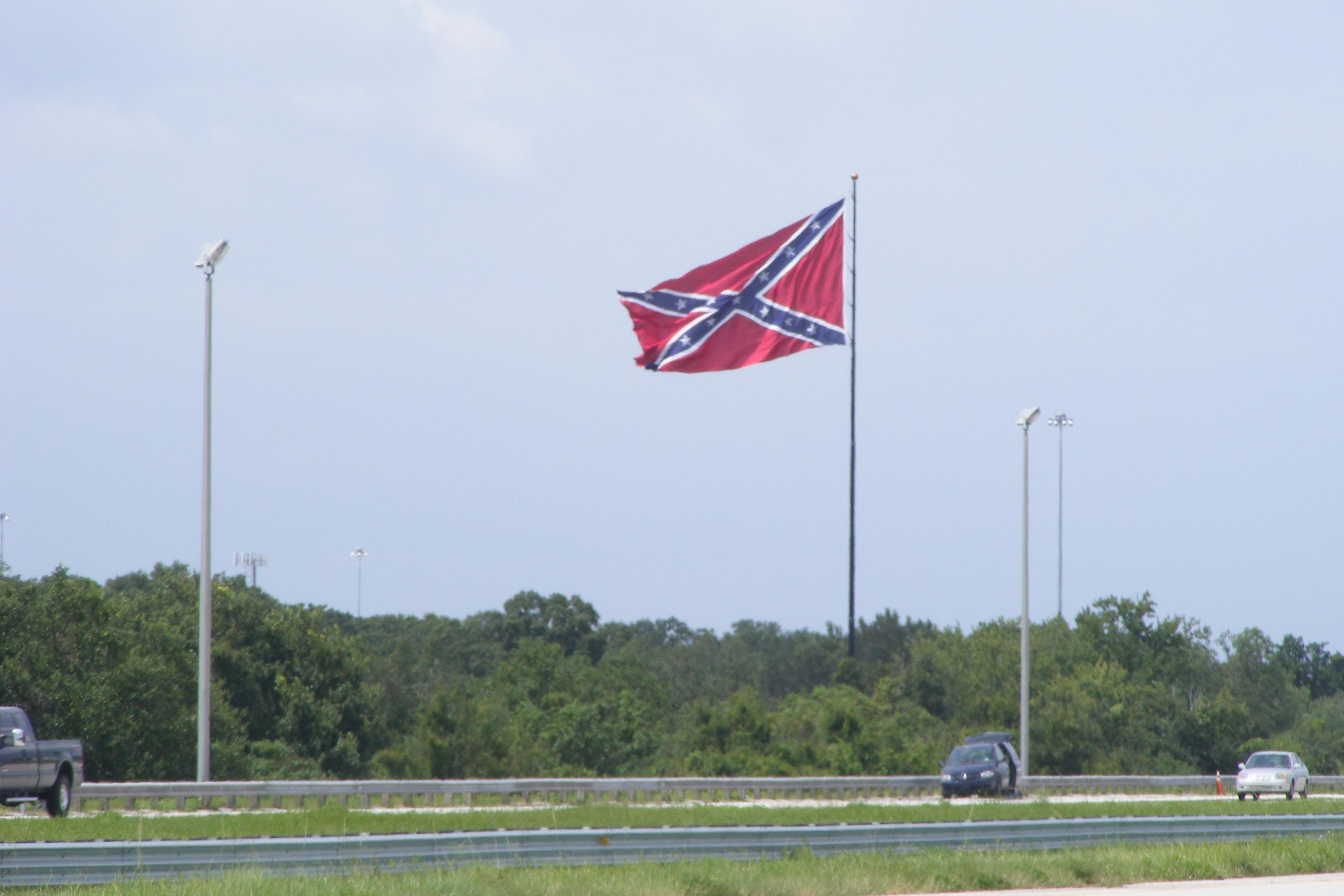 Confederate-flag-in-Tampa-SeanK-2008-Sept-2-041.jpg