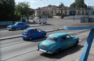 Cuba cars Cubans
