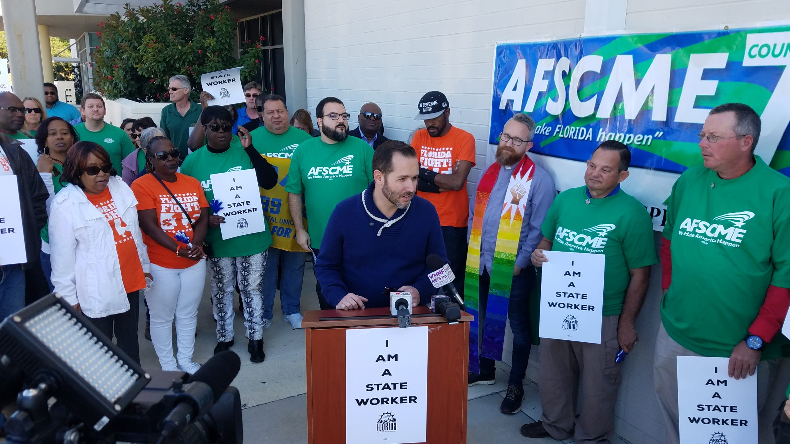 Florida state workers rally with labor unions in Tampa